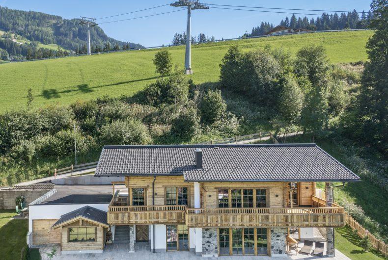 Traditionelles österreichisches Holzhaus